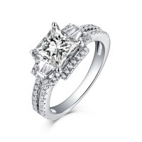 Princess Schliff Three-Zirkonia Weißemer Saphir 925 Sterling Silber Verlobungsringe