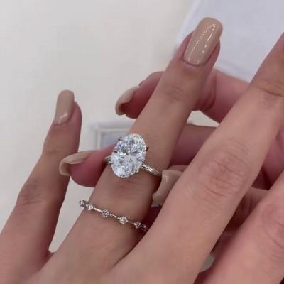 Ovale Schnitt Weißer Saphir  925 Sterling Silber 2 Stück Ringe Set