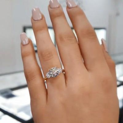 Runder Schliff Weißer Saphir 925 Sterling Silber 3-Stein Gold Verlobungsringe
