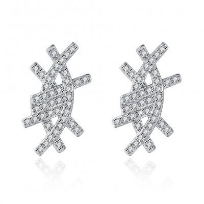 Weißemer Saphir mit glänzendem S925 Sterling Silber Ohrring