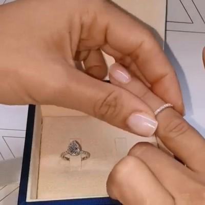 Birnenschliff Weißer Saphir Sterling Silber Halo Ringe Set