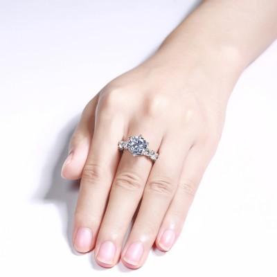Runder Schliff Weißer Saphir Sterling Silber Verlobungsringe