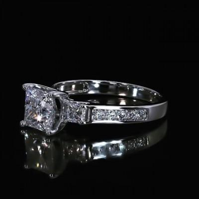 Prinzess Schliff Weißer Saphir 925 Sterling Silber 3-Stein Verlobungsringe