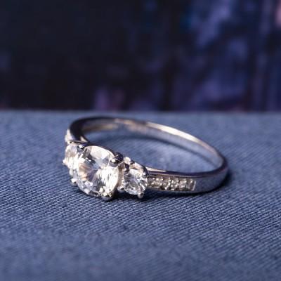Runder Schliff Weißer Saphir 925 Sterling Silber 3-Stein Verlobungsringe