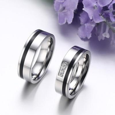 Schwarz und Silber Titan Zirkonia Versprechen Paarringe