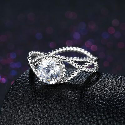 Runder Schliff Weißemer Saphir Twist S925 Sterling Silber Verlobungsringe